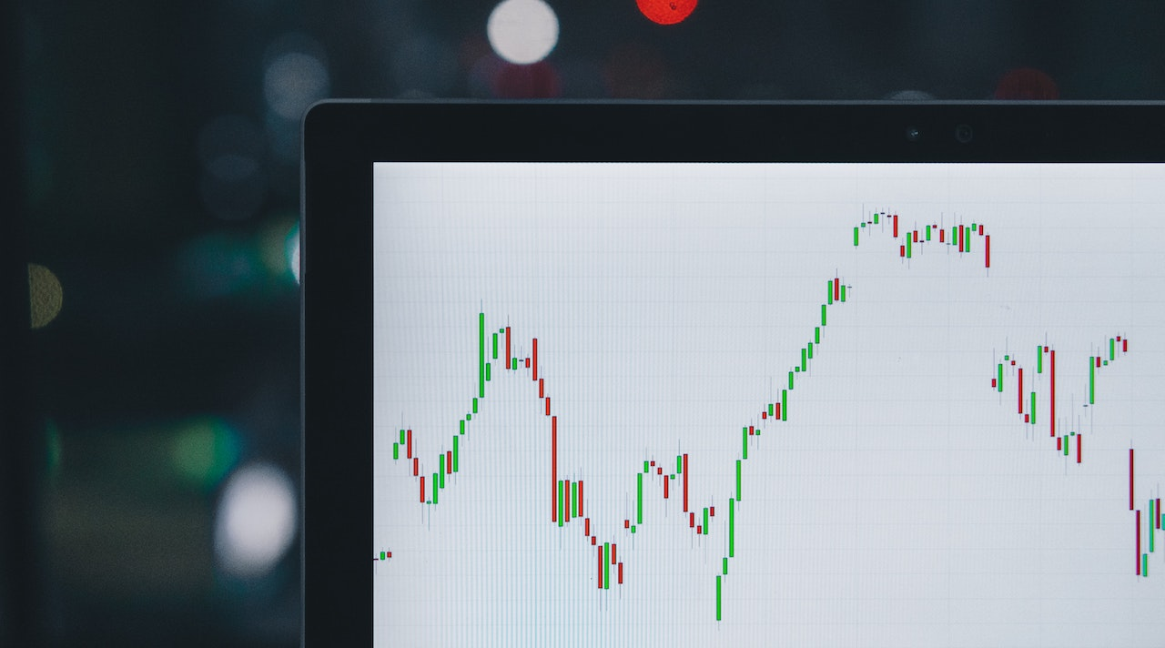 How Investment Managers Can Guide Their Clients Through Market Volatility
