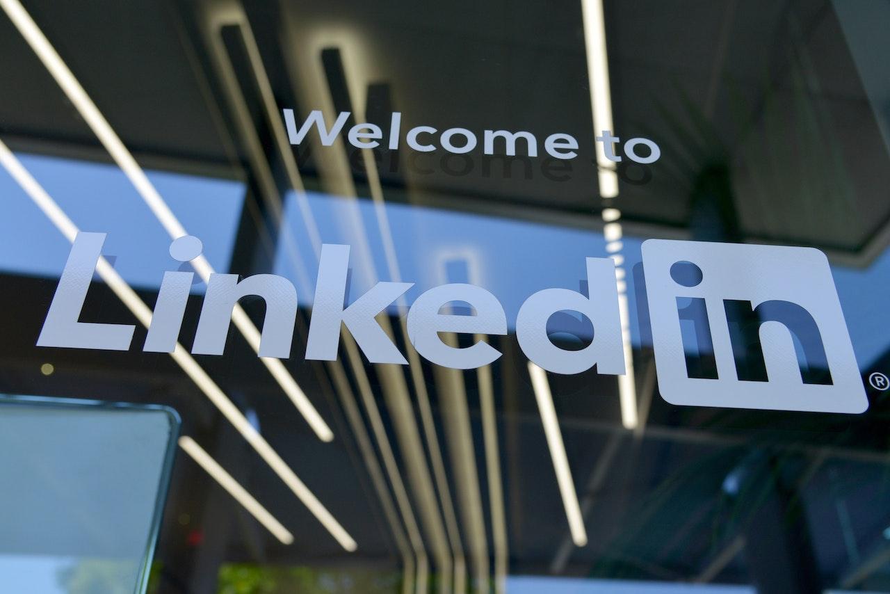 LinkedIn para asesores financieros: la guía práctica